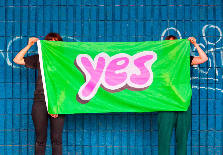 "Oslo Davis, ""Yes Flag"" (2014) from the seriesImprovements On Australian ArtImage."