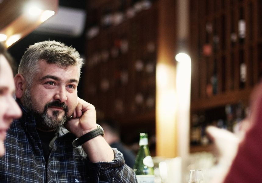 Frank Camorra is featured in Where Chefs Eat