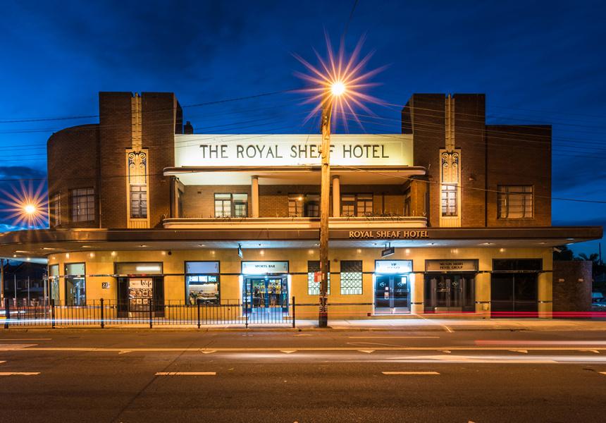 Royal Sheaf Hotel, Burwood