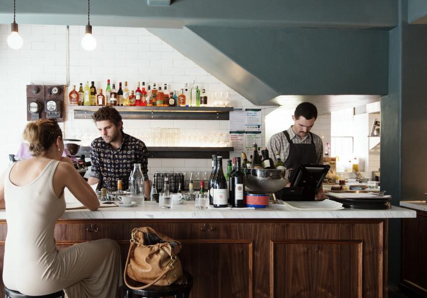 best restaurants to dine at the bar open kitchens. Black Bedroom Furniture Sets. Home Design Ideas