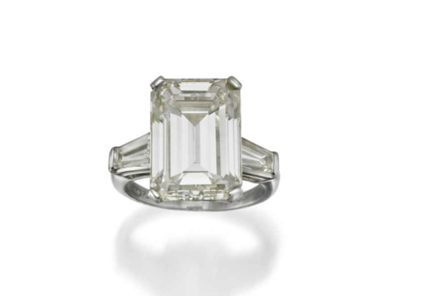 PLATINUM AND DIAMOND RING, SOTHEBY'S IMPORTANT JEWELS & WATCHES