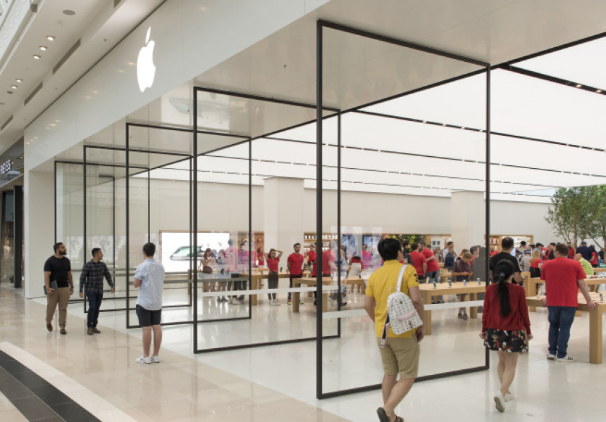 The Apple Store is the best place to try all of Apple's products and find great accessories. Our Specialists will answer your questions and get you set up before you leave. You can learn something new in Today at Apple programs.