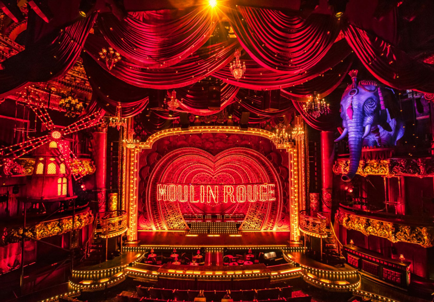 Moulin Rouge! The Musical, Boston set