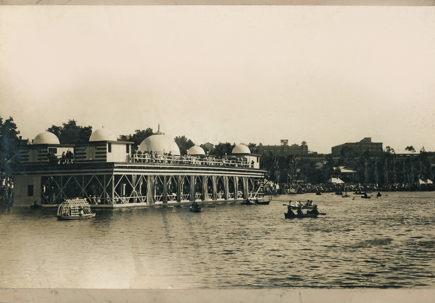 The Floating Palais c.1925