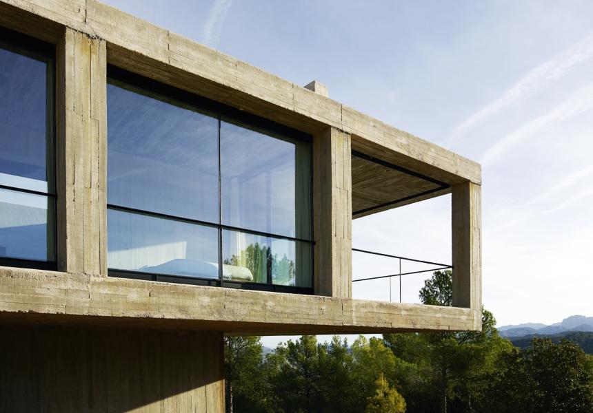 Solo House (exterior view), Spain, Pezo von Ellrichshausen architects, 2009-2012. Photo © Richard Powers.