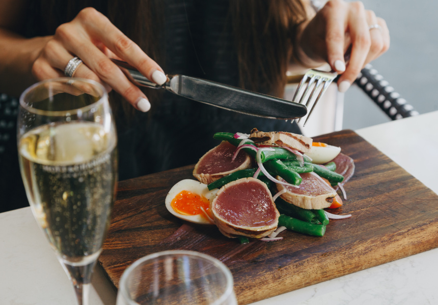 Salad niçoise with rare yellowfin tuna