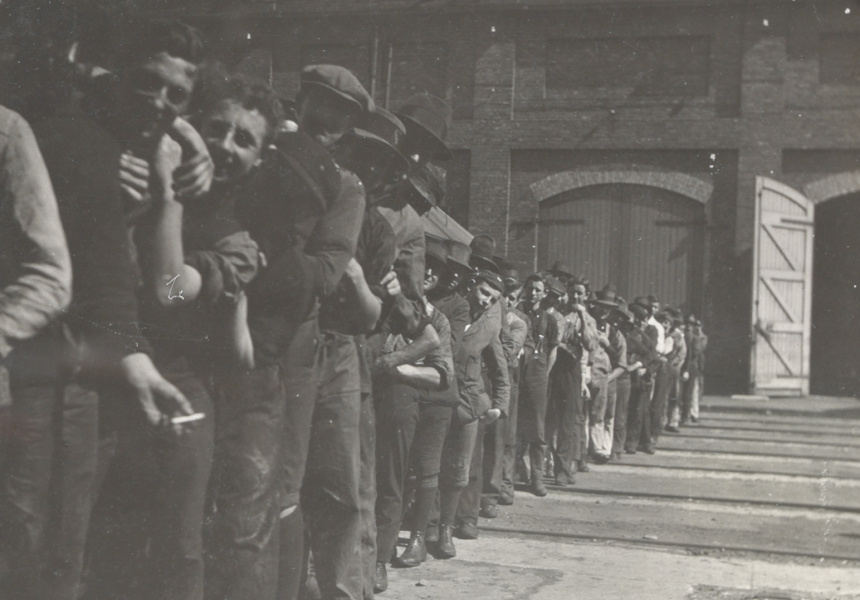 1917 THE GREAT STRIKE IMAGE: SCHOOLBOY STRIKE-BREAKERS AT THE EVELEIGH RAILWAY YARDS DURING THE GREAT STRIKE OF 1917, QUEUING FOR DINNER. STATE RECORDS NSW.