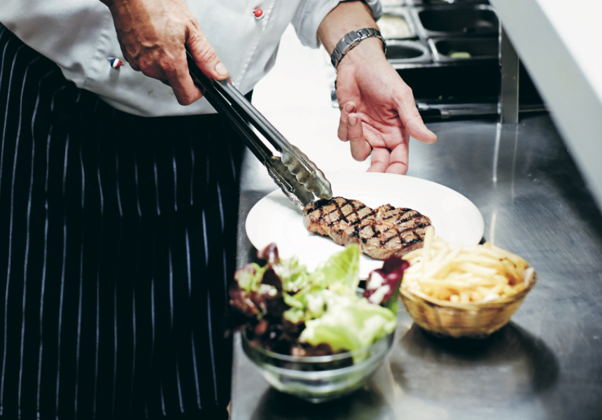 Perfecting Steak with Géraud Fabre of France-Soir