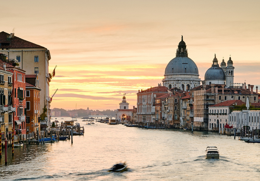 Venice, photography by Pedro Szekely