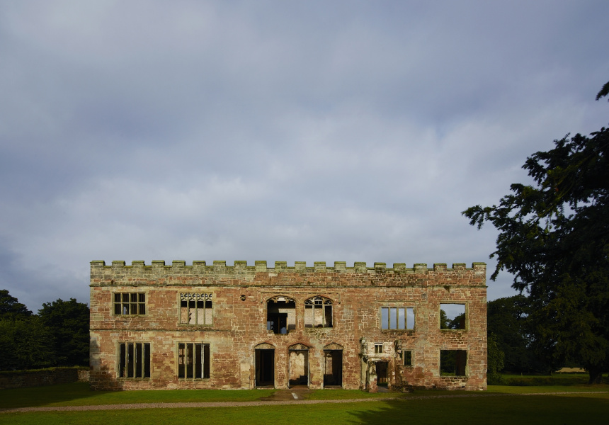 Astley Castle, England, Witherford Watson Mann architects, 2013. Photo © Richard Powers.