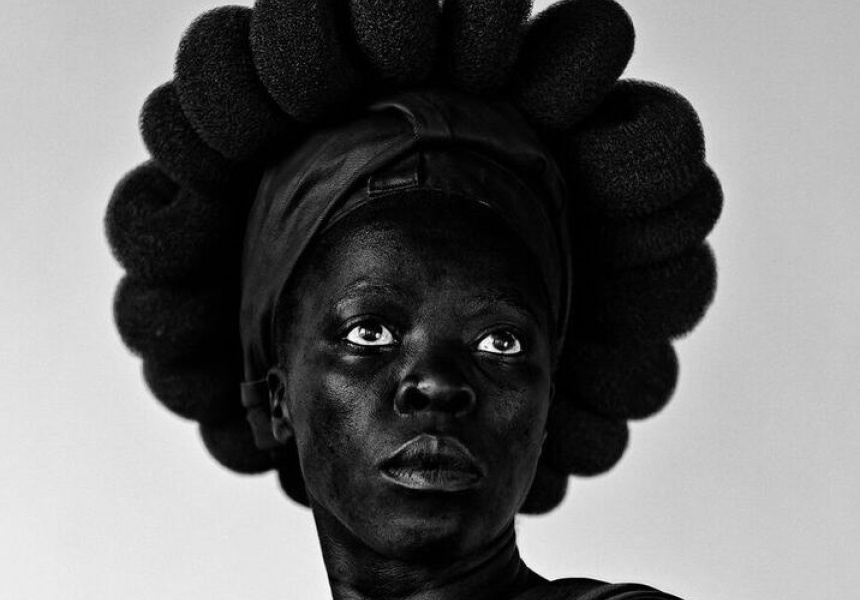 Zanele Muholi *Ntozakhe II, Parktown 2016 Courtesy the artist and STEVENSON gallery, Johannesburg