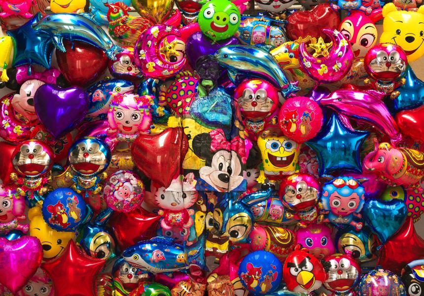 Balloon No. 1 by Liu Bolin