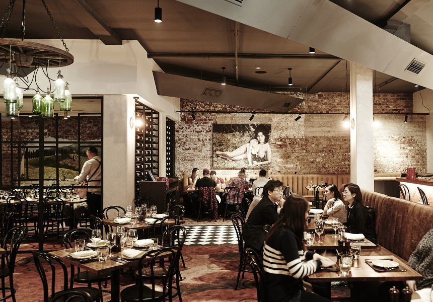 cool places for dinner melbourne