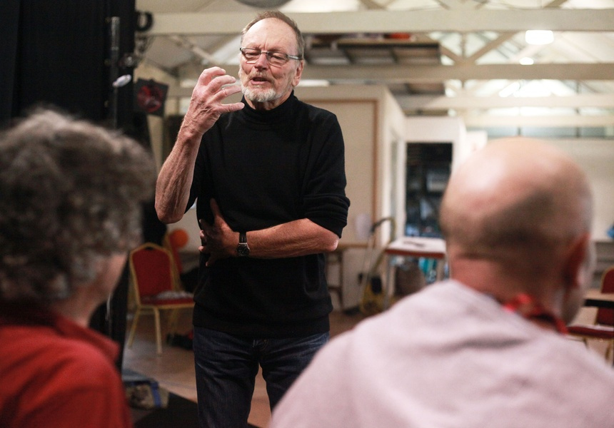 John Bell directing The Duchess of Malfi, 2012