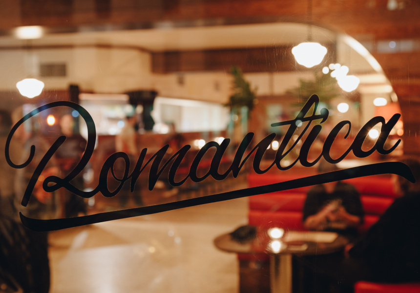 Bar Romantica