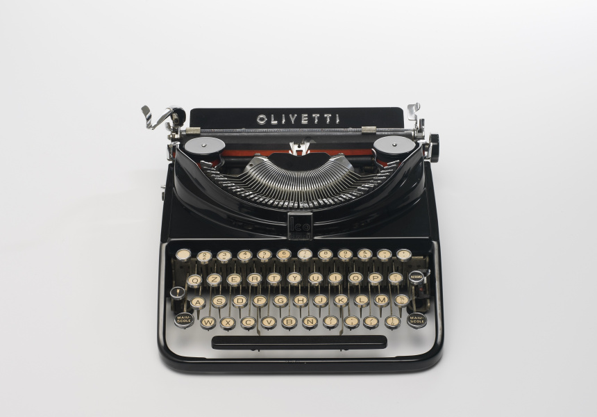 ICO MP1 (Modello Portatile 1) Typewriter. Designed by Aldo Magnelli and Riccardo Levi, made by Olivetti, Italy, 1932.
