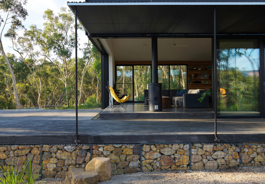 Off Grid FZ House by Anderson Architecture