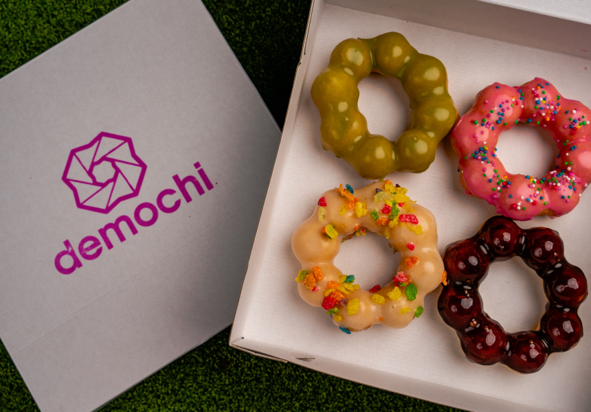 Forget Cronuts, the Next Dessert Hybrid is Here: Mochi