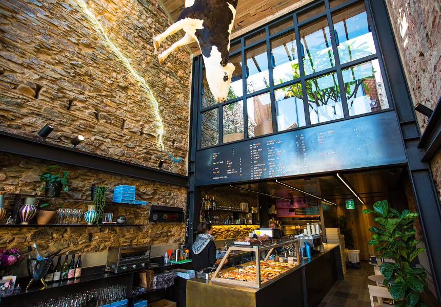 Un restaurante australiano enfurece a la gente por colgar for Oxigen adelaide