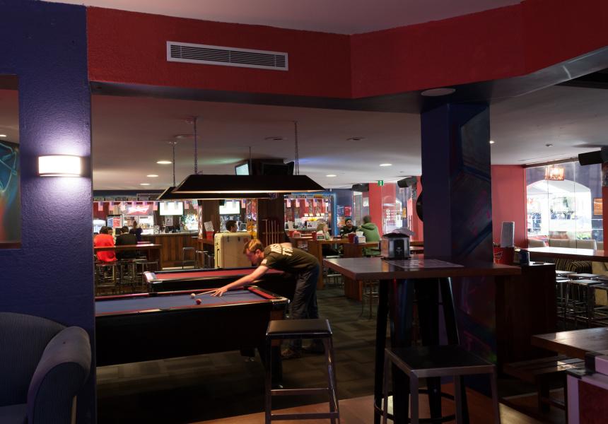 Varsity Bar, Nedlands