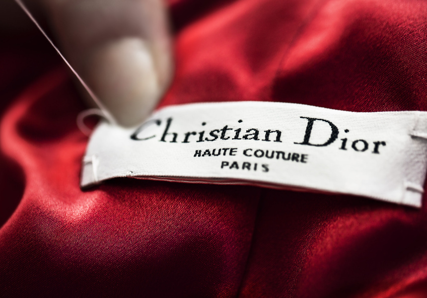 Inside the ateliers of the House of Dior, 2012  © Pol Baril
