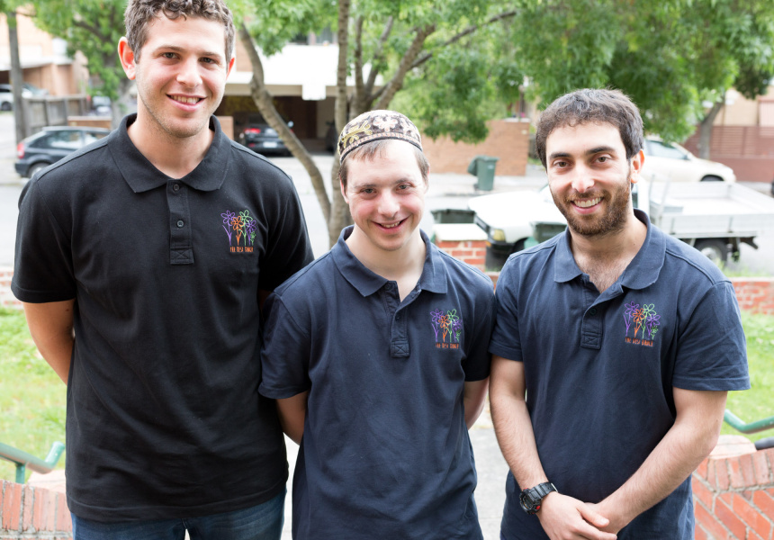 Left to right: Volunteer Daniel Shandler, Zalman Feiglin and founder Dean Cohen.