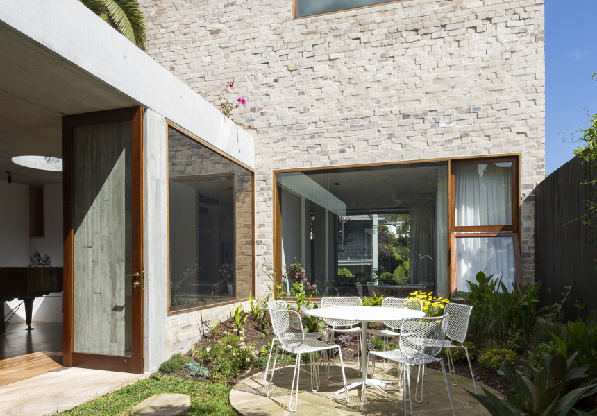 Amelia Holliday of Aileen Sage Architects - Courtyard House - Photography by Tom Ferguson
