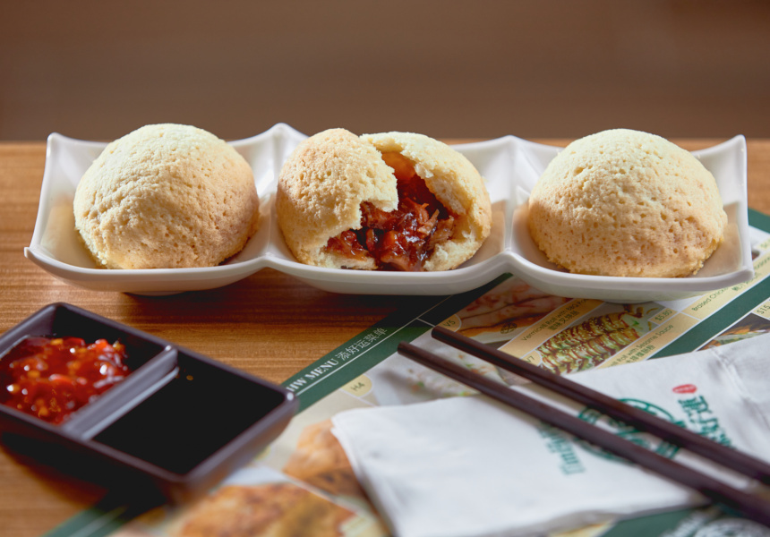 Barbeque pork buns at Tim Ho Wan