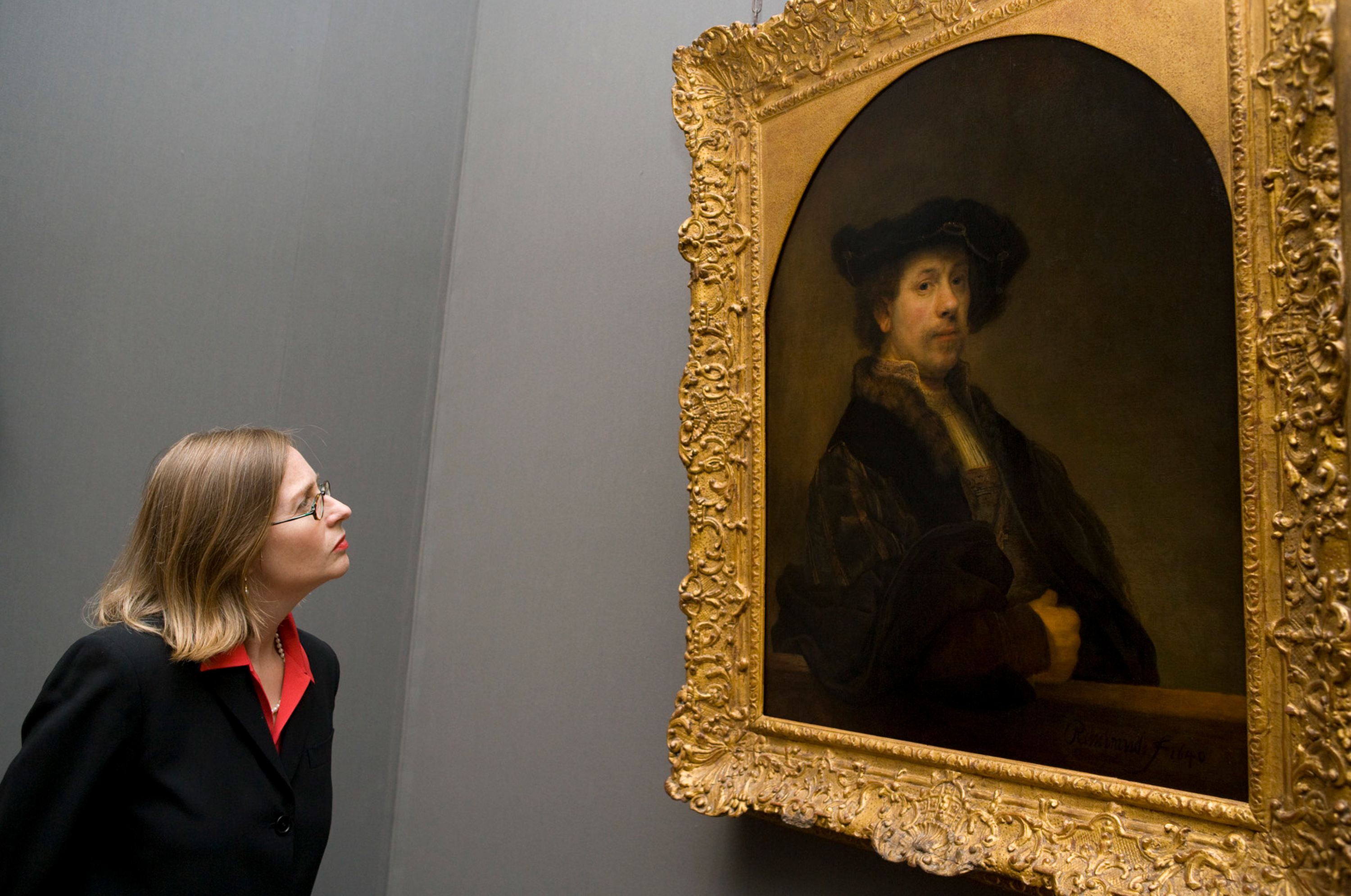 Installation view: Rembrandt. Self Portrait at the Age of 34. 1640. © The National Gallery, London.